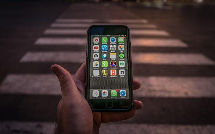 Quelles peuvent être les raisons de se méfier des appareils électroniques ?